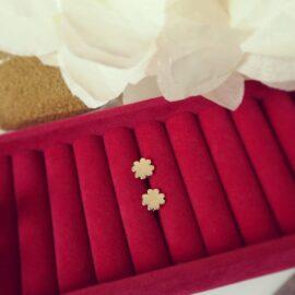 Cercei cu trifoi din aur