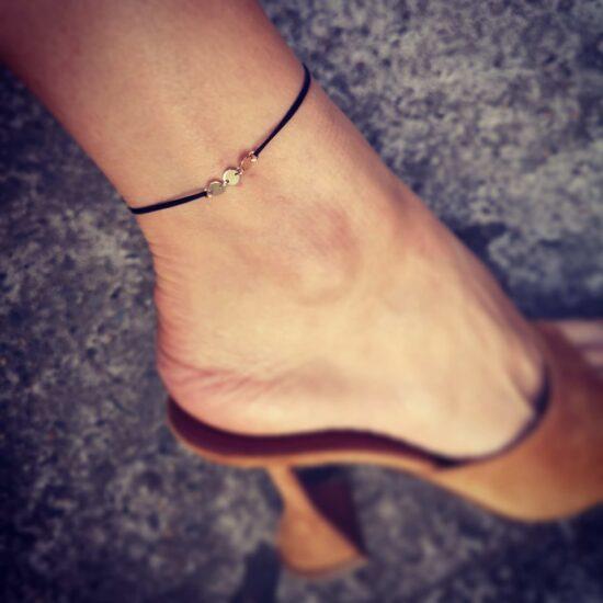 Bratara de picior